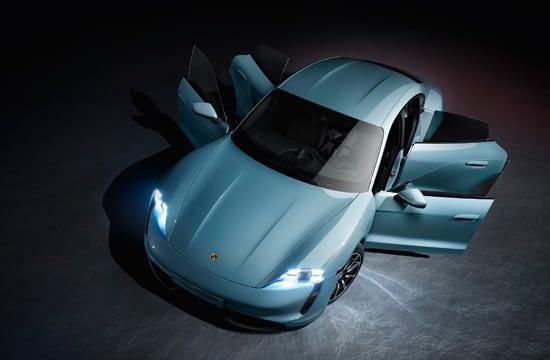 Porsche extinde gama de modele de mașini sport electrice cu Taycan 4S